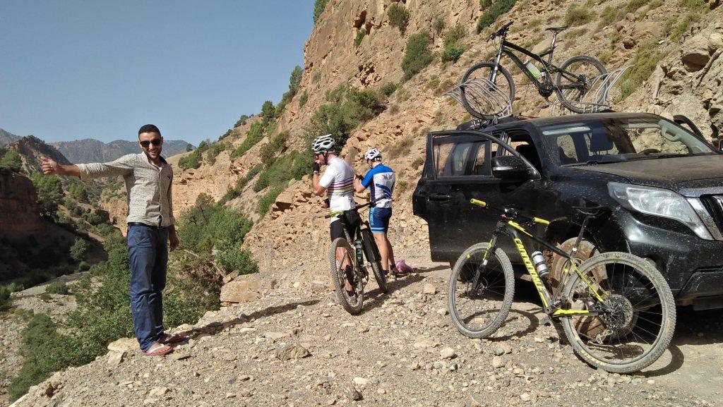 Fantásticos recorridos en bicicleta de montaña por el Alto Atlas y pueblos bereberes (7 días)