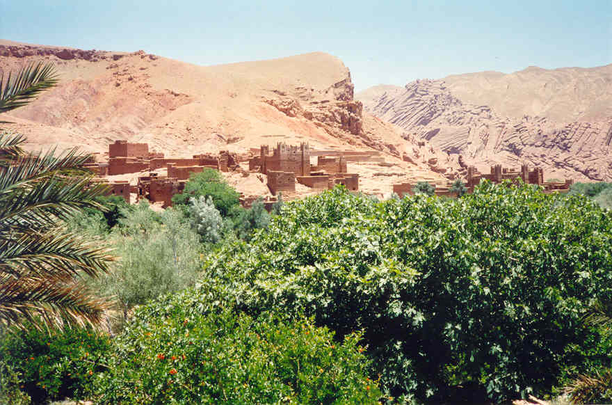 The roses valley and the southern morocco